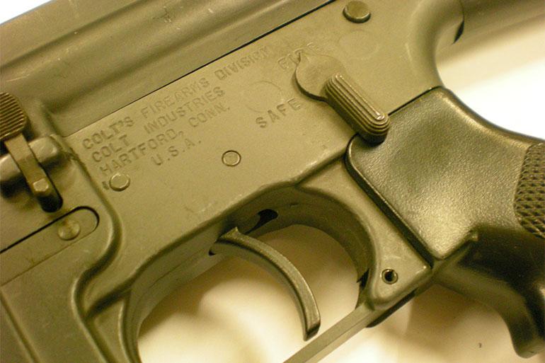 Nouvelles règles pour la détention d'armes à feu semi-automatiques